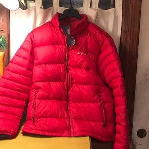 Columbia puffer jacket red large